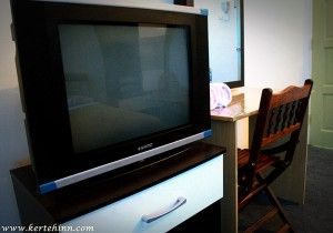"""21"""" television & Study Table"""